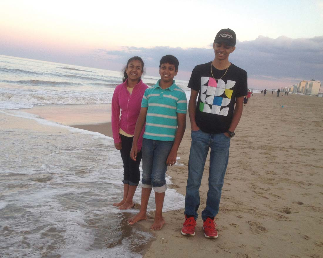 Jessica, Joshua, and Jonathan Gnanimanikham at the beach.  Photo courtesy of Priscilla Gnanamanickam
