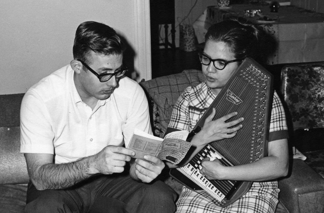 Workers David and Merna Jo Kindy set up a mission location in Winston-Salem, N.C., in the late 1960s. David is now serving on the MST of Juan José Lagos. Photo: VMC Archives